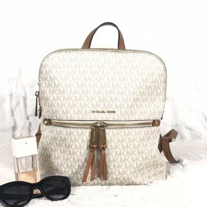 🌸OFFERS?🌸Michael Kors Signature Leather Backpack